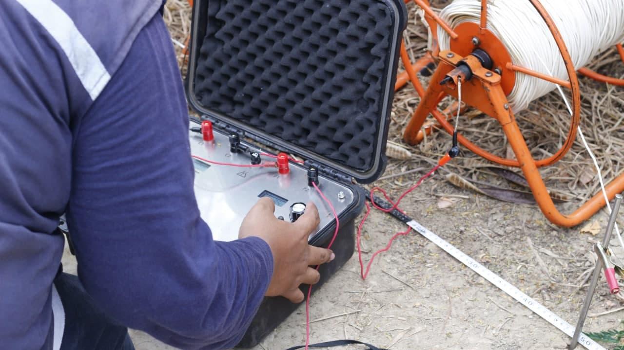 Komodo Water geo-electric survey